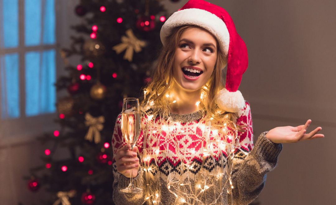 7 Christmas Drinking Games that will get you Tipsy